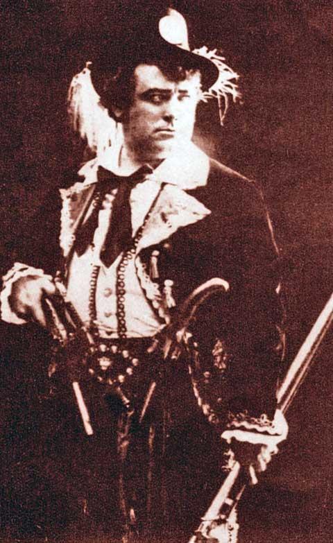 Karel Burian vtitulní úloze opery Fra Diavolo, foto archiv