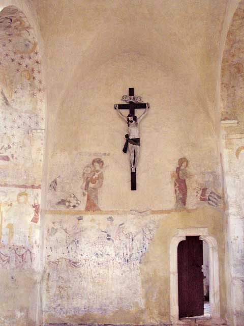 Černvír, poničené gotické fresky