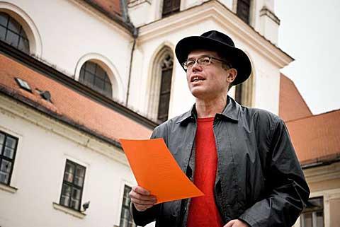 Moravské náměstí, 11. 11. 2011, recitace, foto Marie Laudátová
