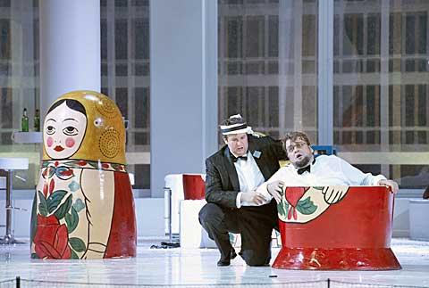 Gergely Németi (Aljeja), Sorin Coliban (Gorjančikov) © Wiener Staatsoper / Michael Pöhn