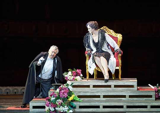 Heinz Zednik a Laura Aikin. Foto © Michael Pöhn / Wiener Staatsoper