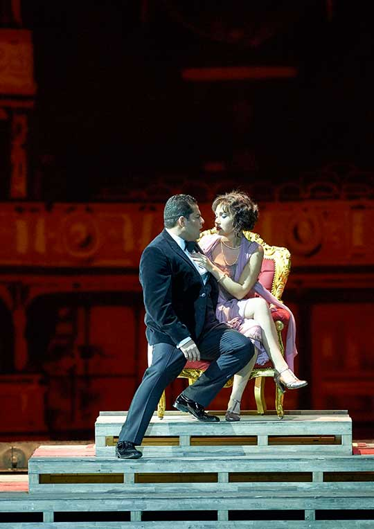 Margarita Grickova a Carlos Osuna. Foto © Michael Pöhn / Wiener Staatsoper