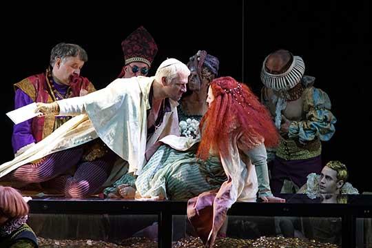 Inscenace beatrice Cenci na Bregenzer Festspiele. Foto © Karl Forster