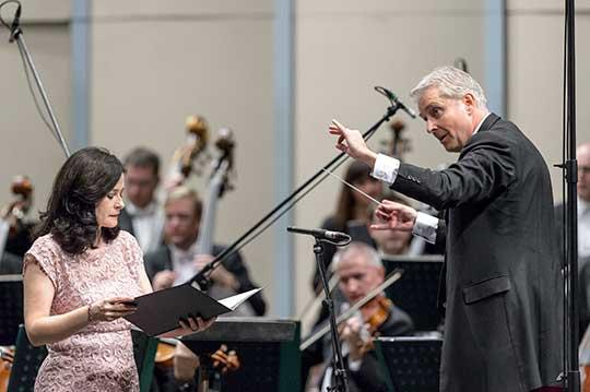 filharmonie-brno-liebreich-saturova-2017-01-jiri-jelinek-010